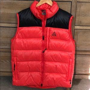 ACG Nike Puffer Vest